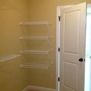 home builder custom closet